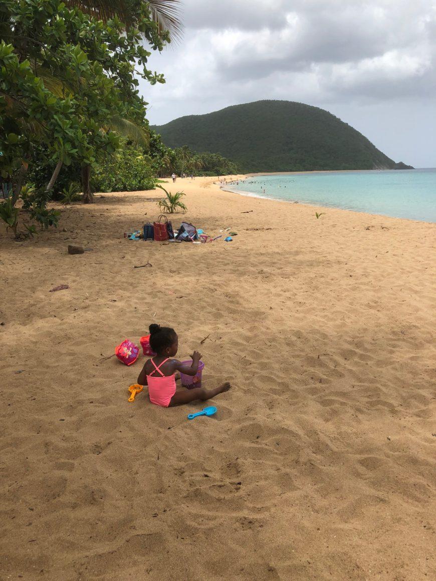 DESHAIES : Le 15 août en famille au Karacoli beach à Deshaies