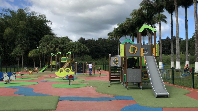 LAMENTIN – NOUVEAU: Le parc pour enfant du Lamentin » Aire de jeux du parc de la Verdure»