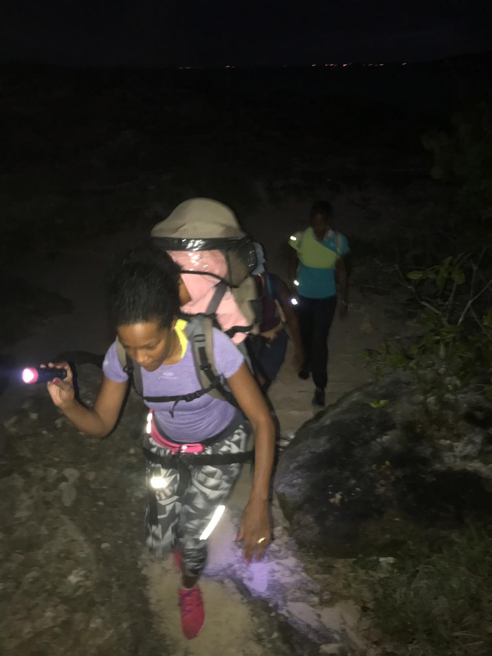 Saint – François: La Guadeloupe s'émerveille à La Pointe des Châteaux avec le lever du soleil