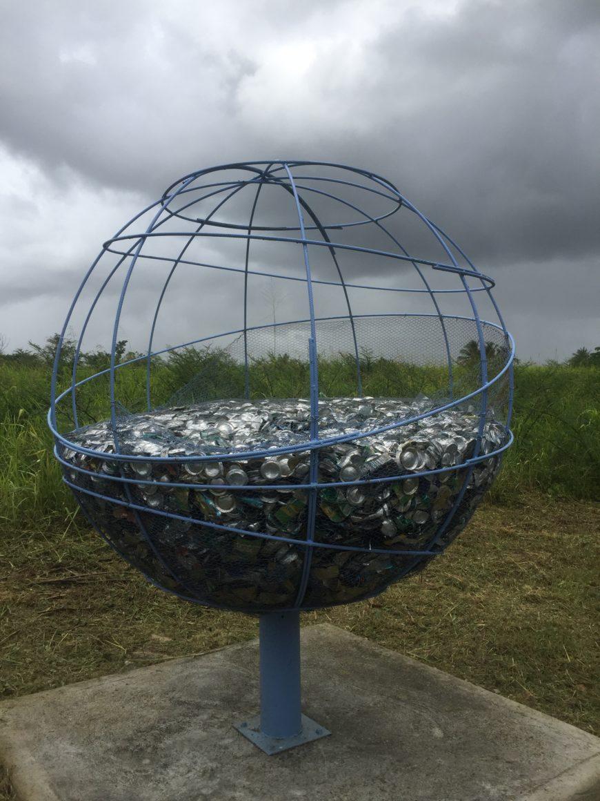 Que voyez vous? Des déchets? Une oeuvre d'art?…