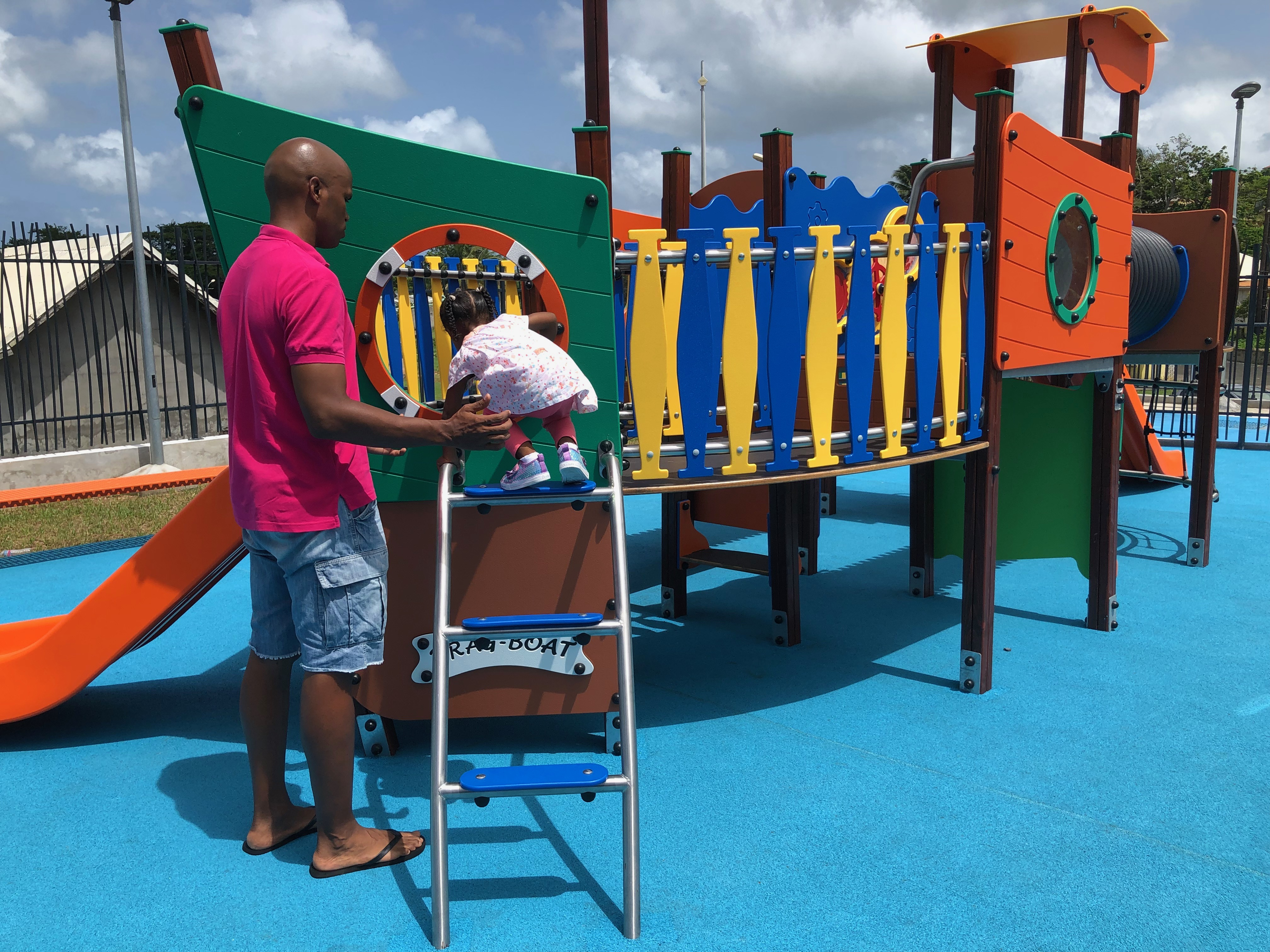 BAIE-MAHAULT :L'aire de jeux de Fond Richer : Un condensé de jeux de motricité et de réflexion