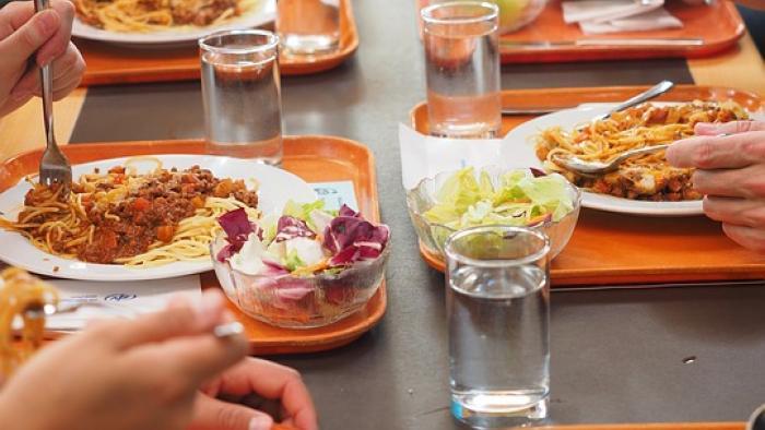 Une grande nouveauté à la cantine ! Un rapas végétarien obligatoire par semaine ?